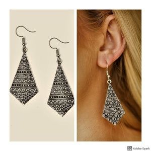Terra Trending - Silver Tribal Hook Earrings
